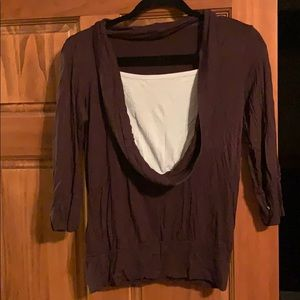 Brown 3/4 sleeve top w/ white undershirt